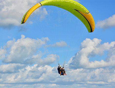 Volo in parapendio biposto sul lago di Garda per una o 2 persone