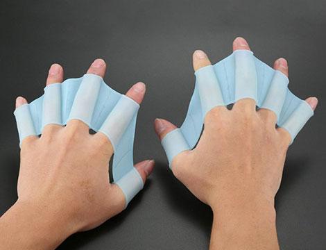 2 paia di guanti nuoto in silicone