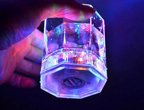 Fino a 6 bicchieri luminosi a LED_N