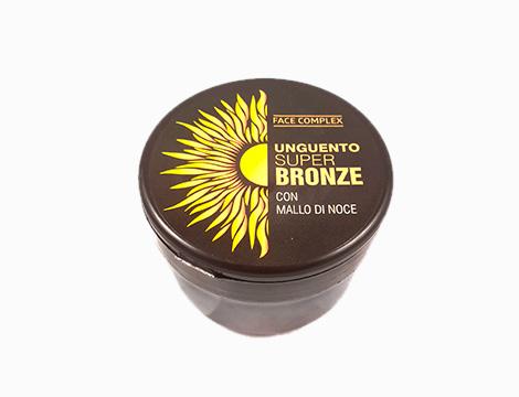 Abbronzante Super Bronze Face complex con mallo di noce