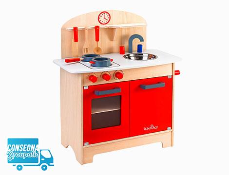 Cucina in legno con accessori per bambini in offerta a