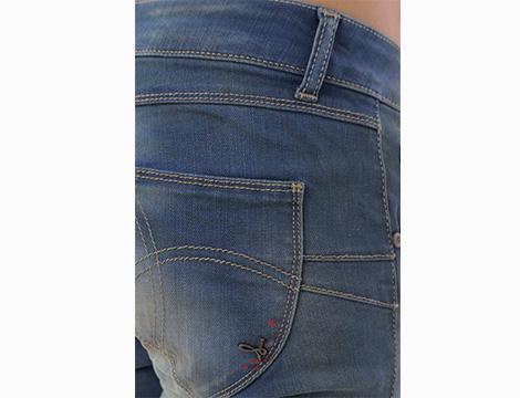 Jeans Sexy Woman dettaglio due