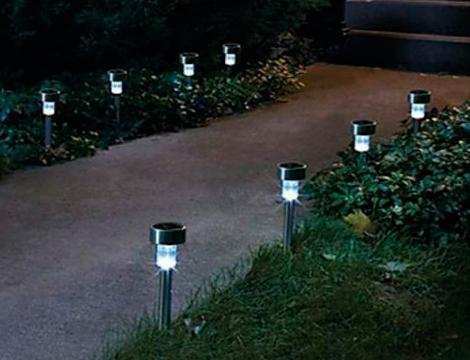 Offerta shopping lampade led ad energia solare groupalia - Lampade ad energia solare per giardino ...