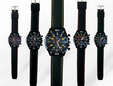 Orologio analogico da uomo in diversi colori