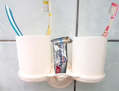 Porta spazzolini da denti_N