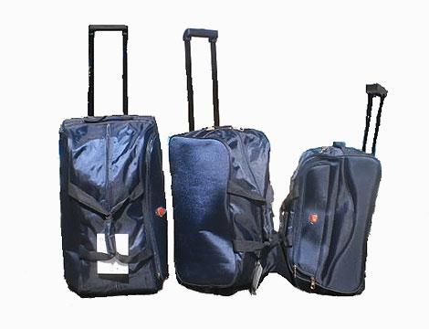 Set di 3 borsoni da viaggio_N
