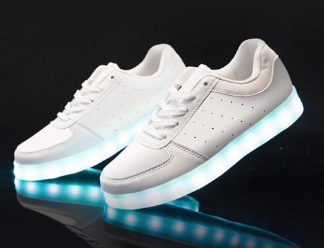 Sneakers da uomo con LED