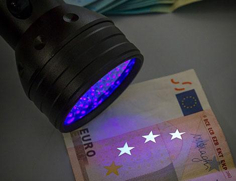 Torcia LED luce ultravioletta_N