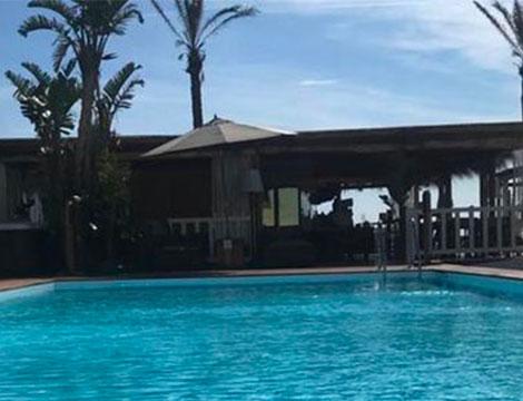 Cumeja Beach Club e Hotel