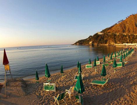 Calabria in Villaggio sul mare_N