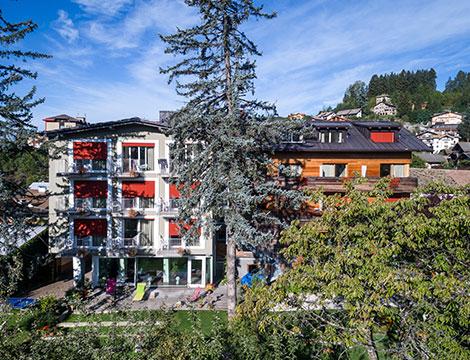 Vacanza attiva e relax in Val di Fiemme  escursioni a piedi, bike, sci