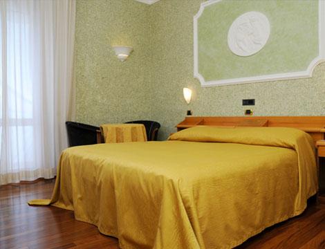 1/2 notti a Chianciano Terme presso il Grand Hotel Ambasciatori_N