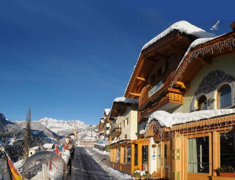 Piacere alpino e tradizione nelle Dolomiti