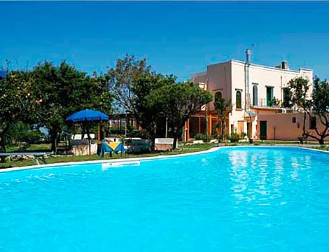 Offerta viaggio estate a procida mezza pensione groupalia for Hotel mezza pensione bressanone
