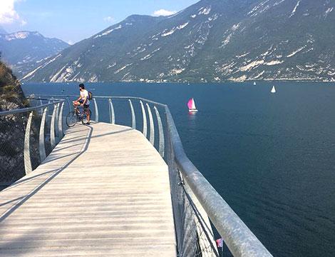 Lago di Garda percorso ciclabile