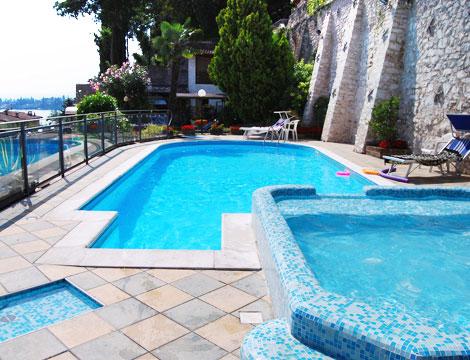 Lago di garda x2 spa groupalia for Soggiorno spa
