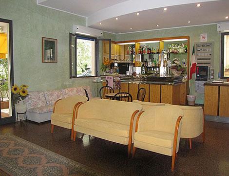 Hotel Pascoli o Villa Lauretta_N