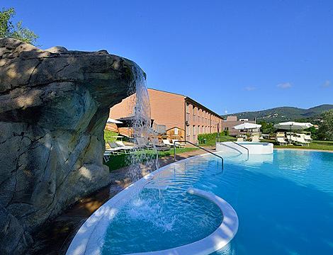 Perugia cena piscina x2 groupalia for Cena in piscina