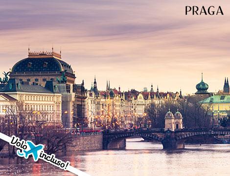 Praga: volo da Roma + hotel
