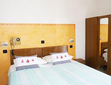 Hotel Rosy_N