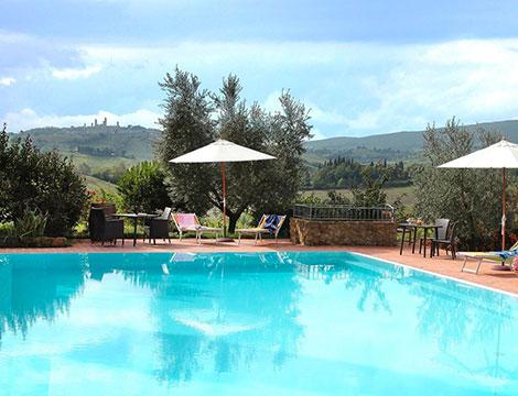 Vacanze con idillio nella tenuta di campagna vicino a San Gimignano in Toscana