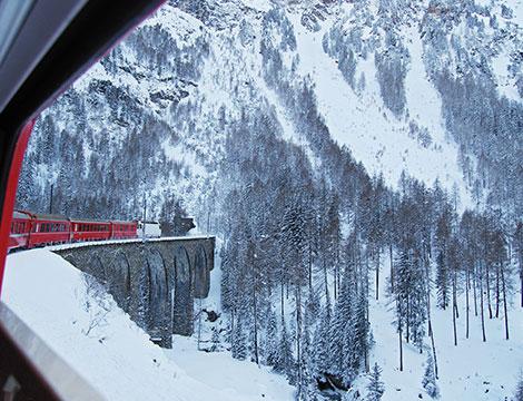 Trenino Rosso del Bernina da Tirano a St Mortiz