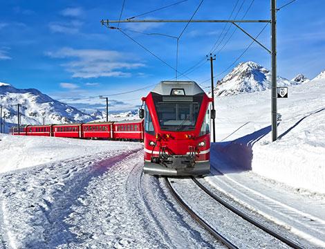 Trenino Rosso del Bernina Inverno