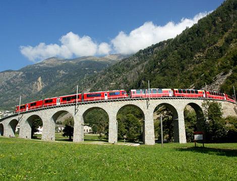 Trenino del Bernina da St. Mortiz bus A/R