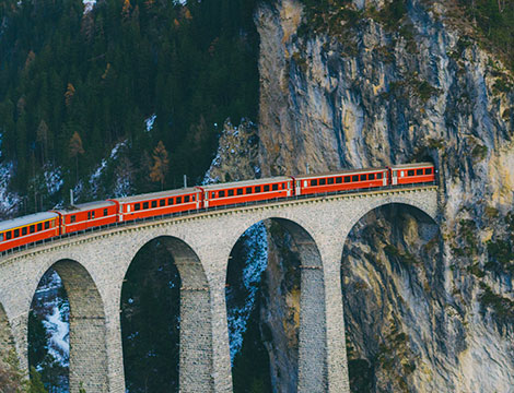 Trenino del Bernina da St. Mortiz e bus AR
