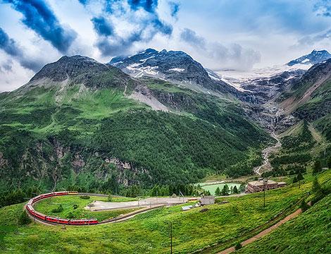 Trenino Rosso del Bernina Primavera